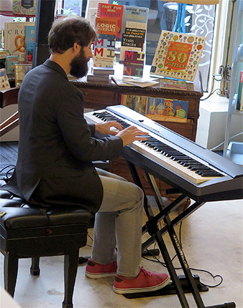 Sean Gabriel at Appletree Books